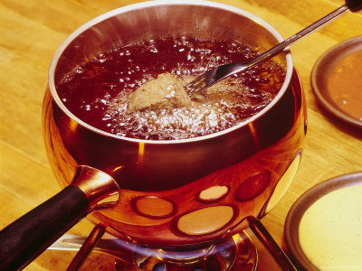 beef-bourguignon-is-used-for-fondue